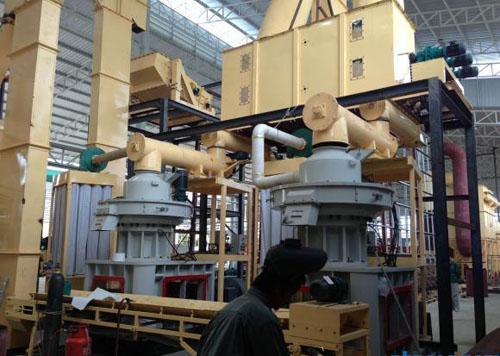 重庆南岸木屑颗粒机生产现场