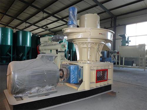 xin型生wuzhi燃料颗粒机即节能环bao而价格比天然气优惠